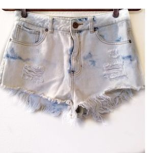 Bullhead Denim Mom Jean Shorts Distressed Frayed